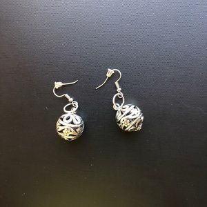 Dangling Pierced Earrings in silver-tone